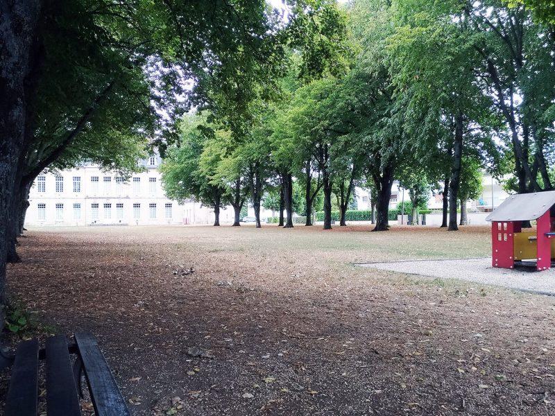 GENLIS_parc_chateau