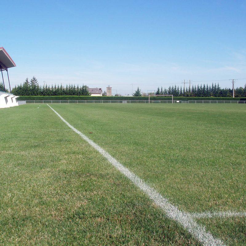 equipements-municipaux-genlis-stade-honneur-foot